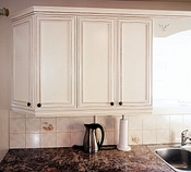faux finis sur armoires de cuisine de bois ou melamine. Black Bedroom Furniture Sets. Home Design Ideas